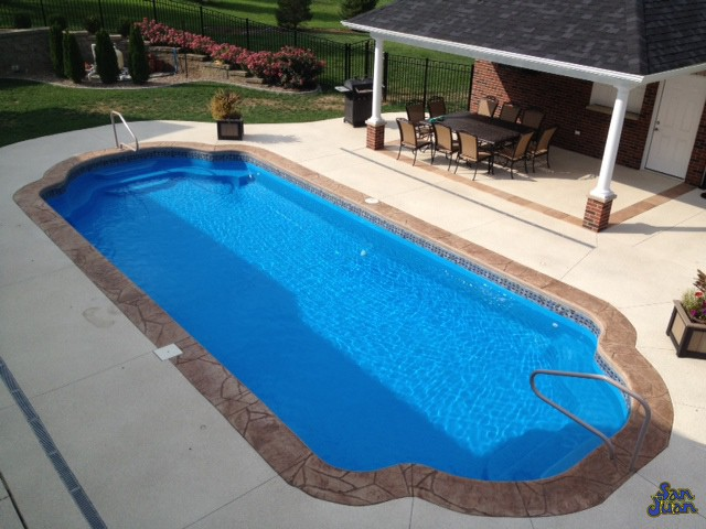 phoenix fiberglass pool with custom coping handrail and deep end