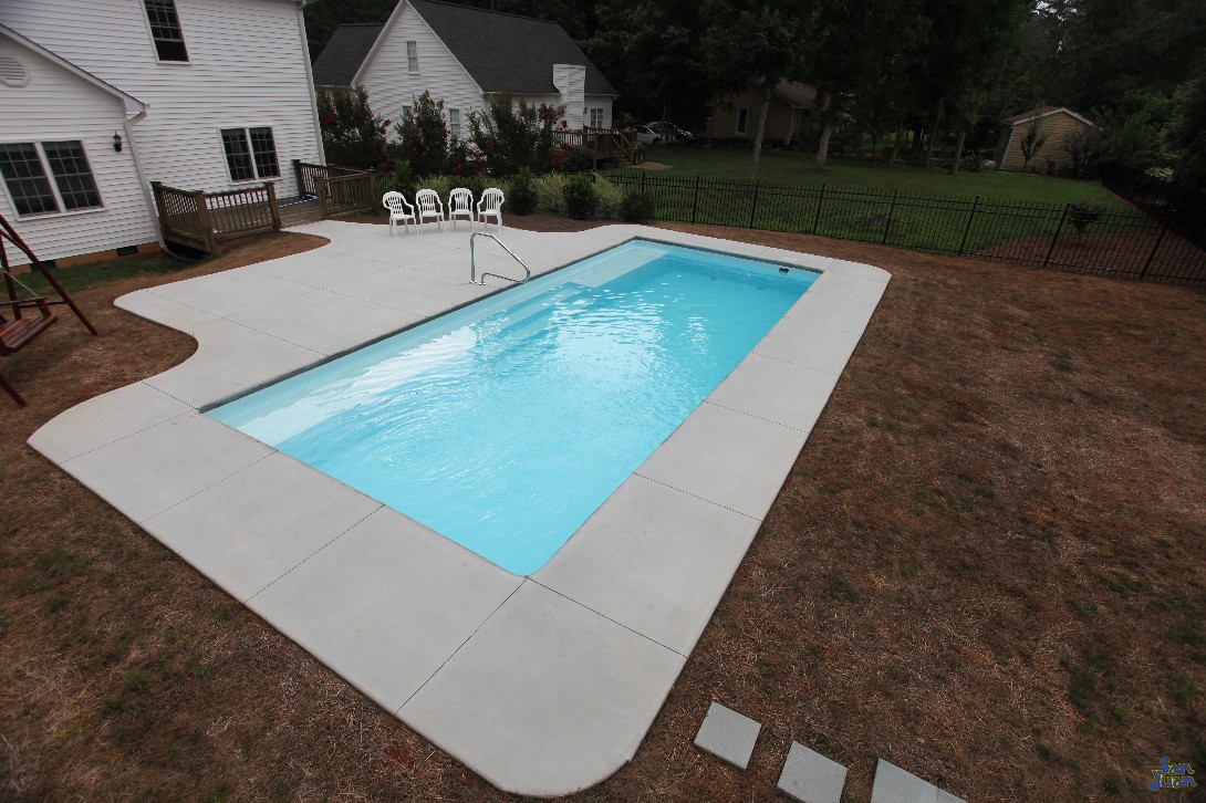 This is another great viewpoint of the Grand Manhattan. This pool is designed rectangular for a reason. It makes navigating its water easier for young swimmers and also creates a perfect play space for adults of all ages!
