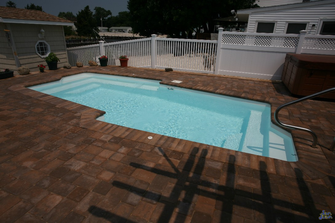 pool shape fiberglass pool guyz the malibu free form flat bottom pool shape 9042